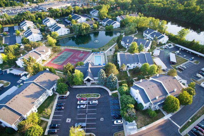 Arbor Landings Ann Arbor MI - Aerial View 1.jpg