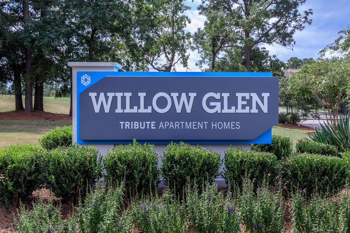 Welcome home to Willow Glen in Wilmington, North Carolina.