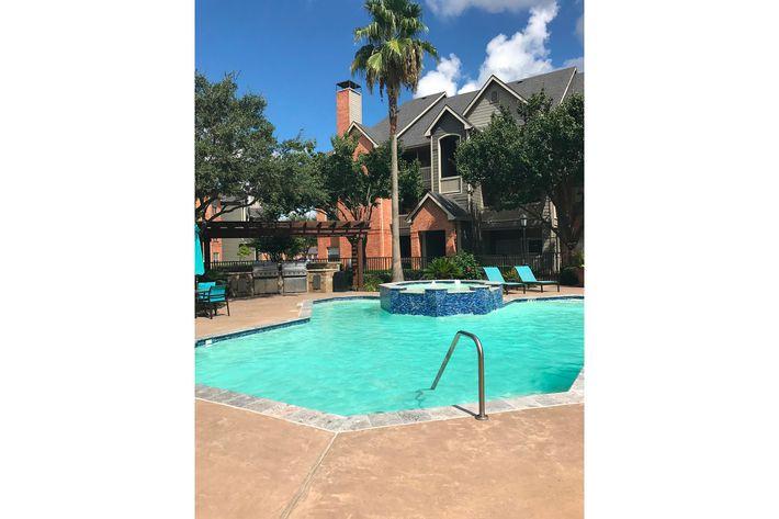 Spring Park Pool-width-2400px.JPG