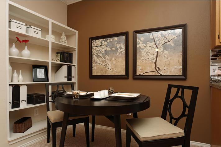 dining1x1-width-2400px.jpg
