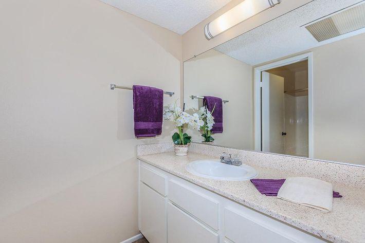 la-veta-vista-2-bed-2-bath04d.jpg