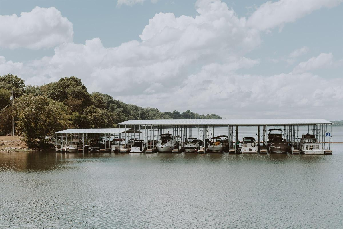 Enjoy this waterfront location in Old Hickory, Tennessee