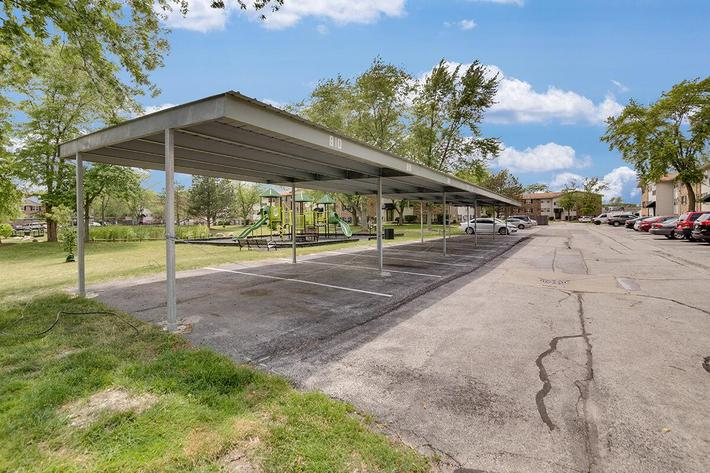 Parking_The-New-Colonies_316-W-34th-St-Steger-IL_RPI_PJ03757_21.jpg