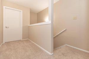 06_StairsTH.jpg
