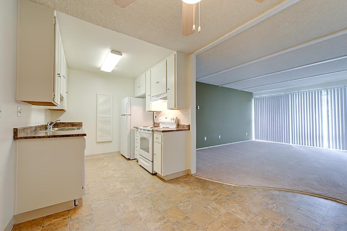 02_Torrey kitchen1.jpg