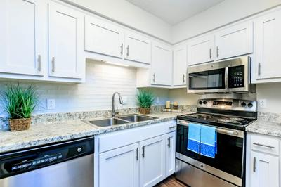Gourmet Kitchen at Chase Cove Apartments in Nashville, TN