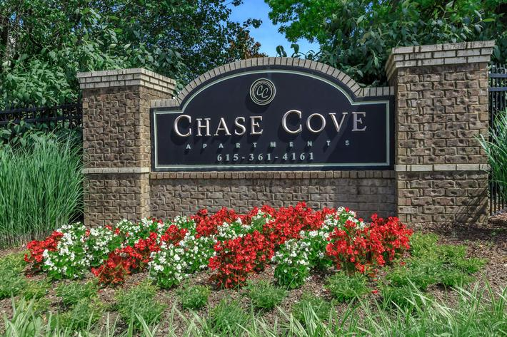 Welcome to Chase Cove Apartments in Nashville, TN