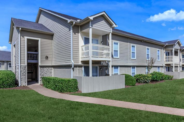 Your New Home at Chase Cove Apartments in Nashville, TN