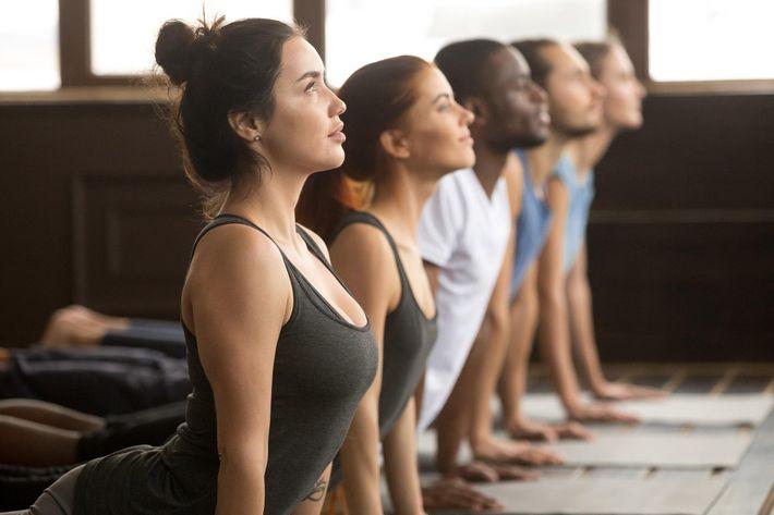 Yoga-GettyImages-922345020.jpg