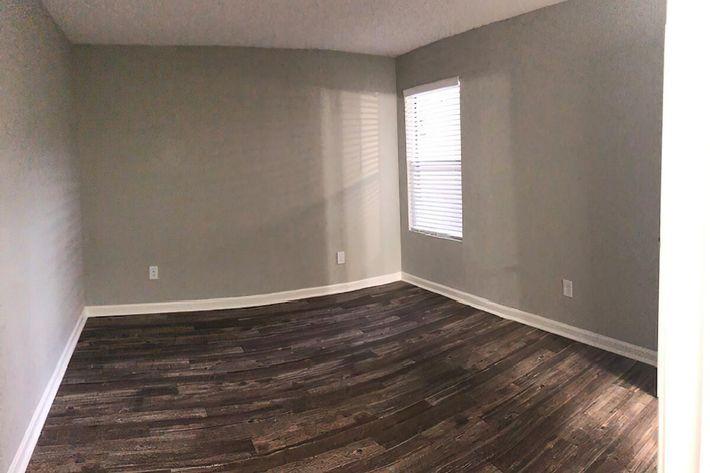 Bedroom 2-width-2400px.jpg