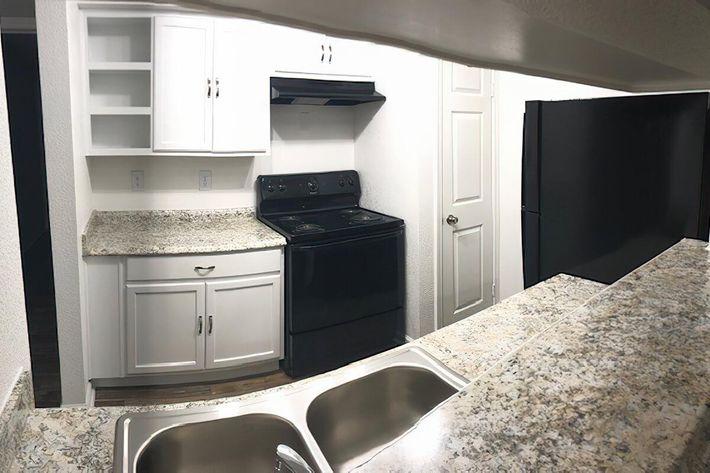 Kitchen 2-width-2400px.jpg