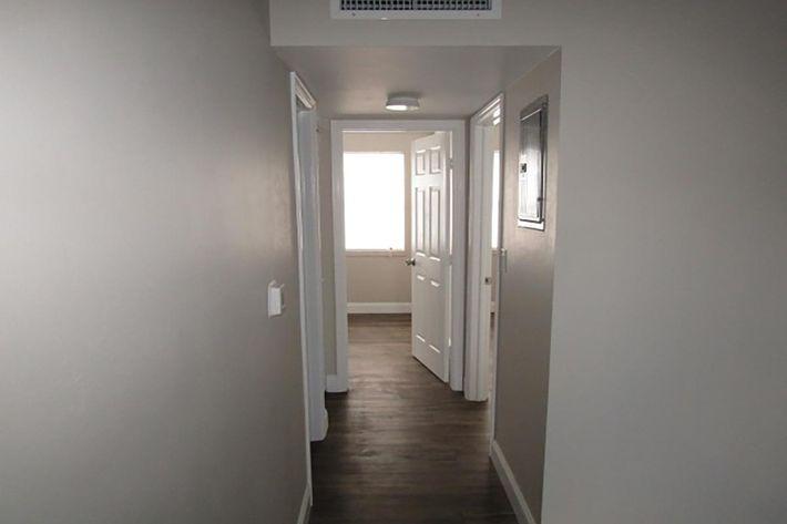 2bedroom3.JPG