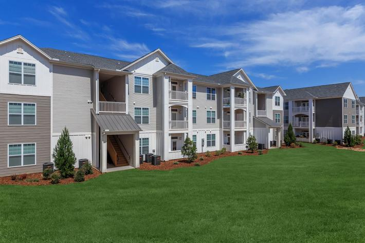 Welcome To Riverstone Apartments At Long Shoals In Arden, NC