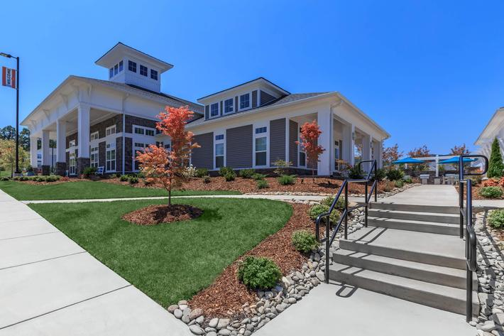 Welcome to the Riverstone Apartments at Long Shoals In Arden, NC