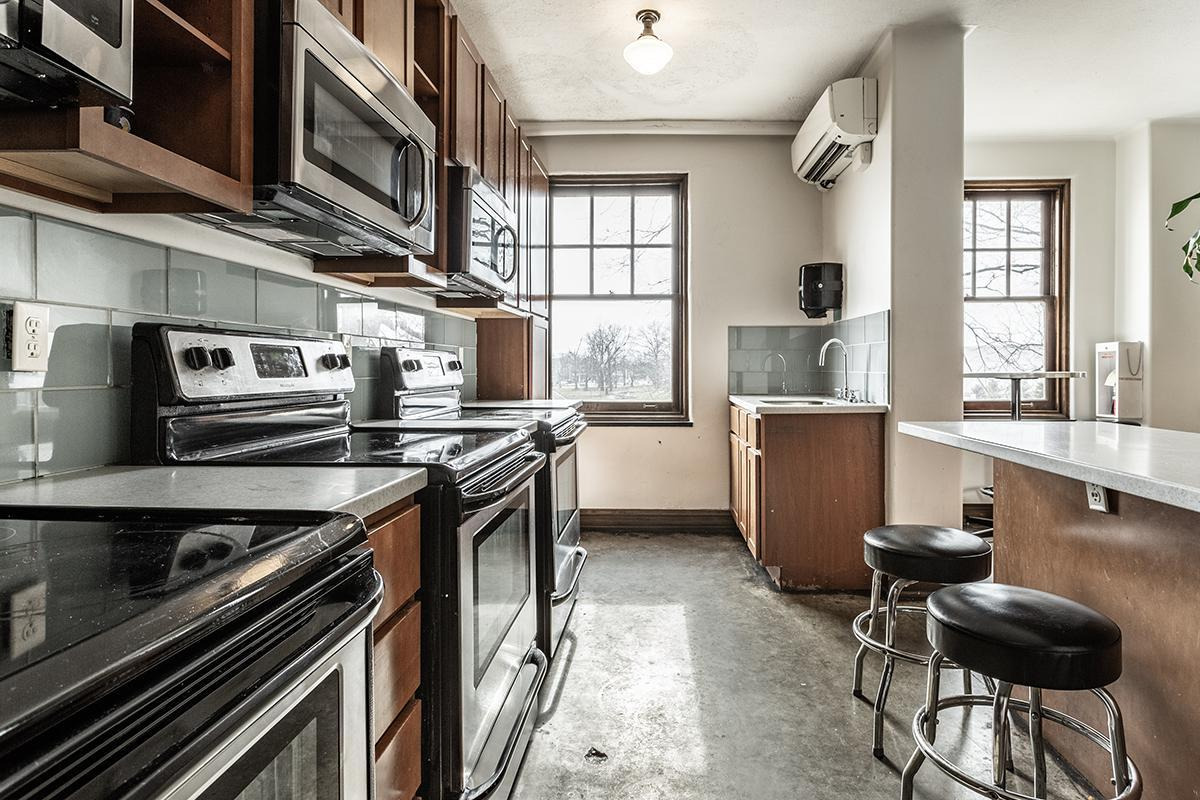 PREP STATIONS AND STAINLESS STEEL APPLIANCES