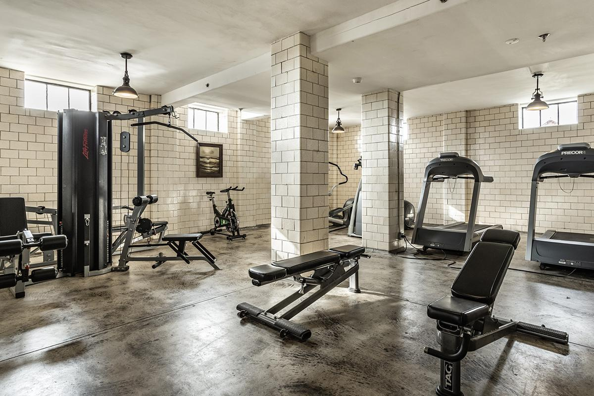 40-{Central State Mansion Gym}.jpg