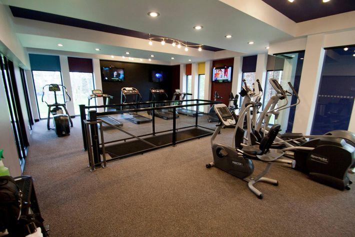 4_27_12_collegetowne_fitness_studio.jpg