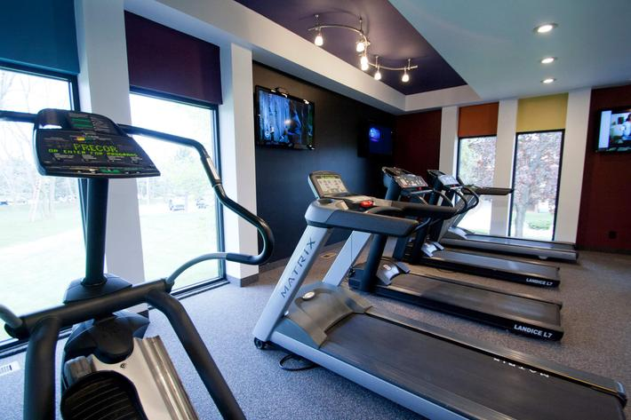 4_27_12_collegetowne_fitness_studio_3.jpg