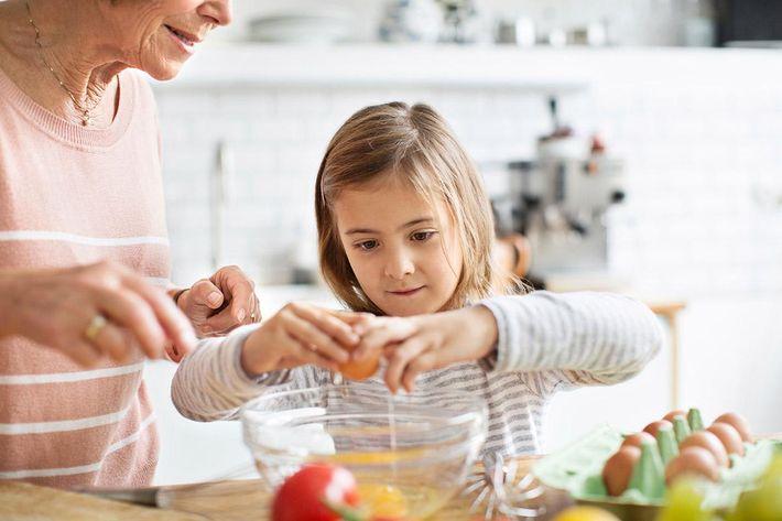 interior-kitchen-cooking-senior.jpg