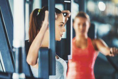 amenities-fitness-butterfly-machine.jpg