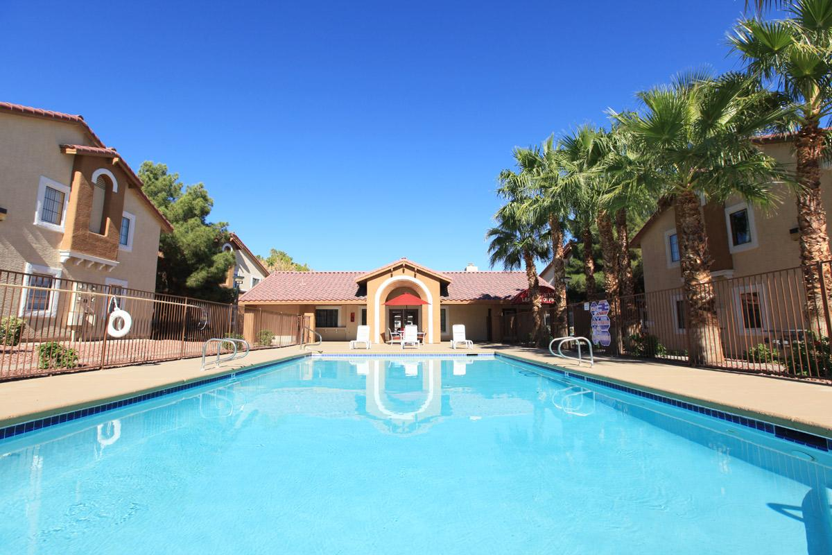 SPLASH IT UP AT TOSCANA APARTMENT HOMES IN LAS VEGAS
