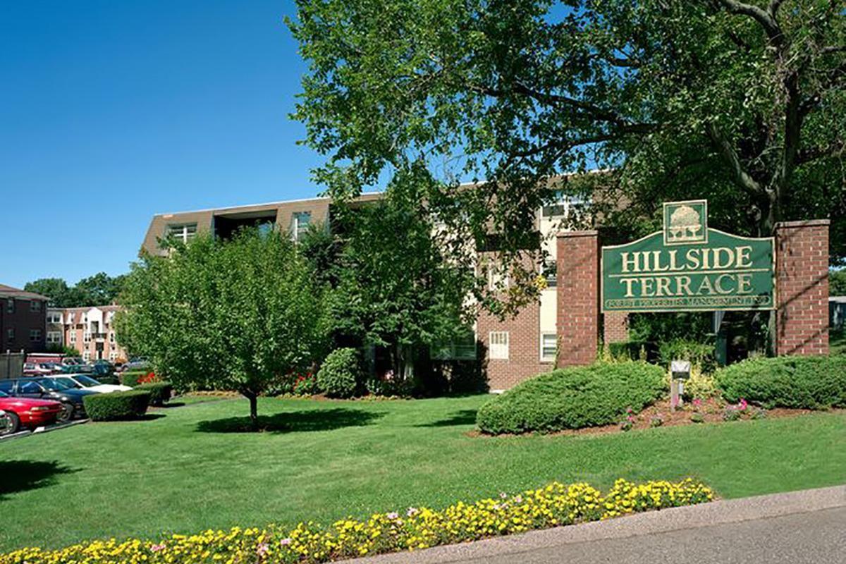 HillSide-C.jpg