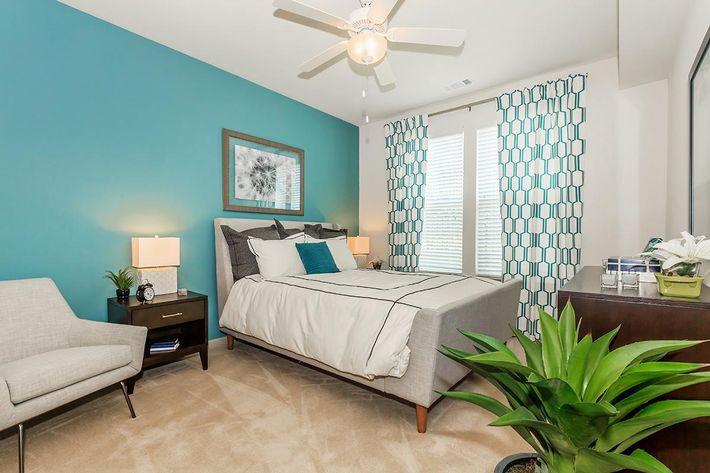 bedroom-4318101_658819.jpg
