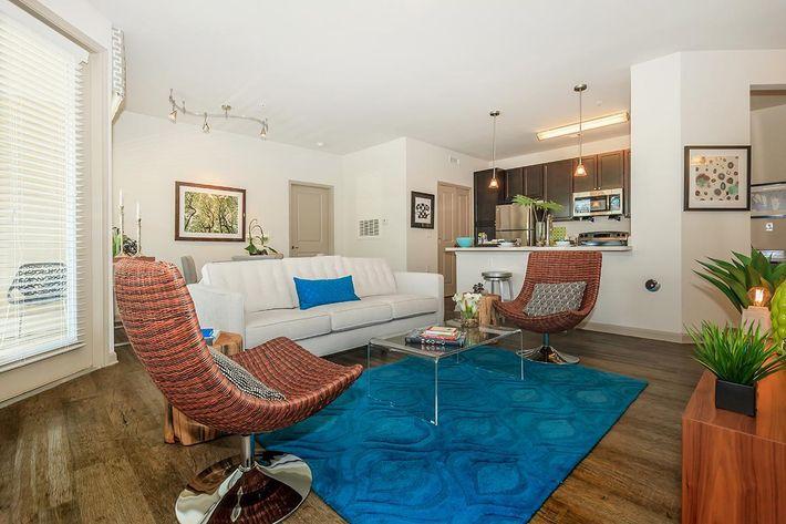 living-room-9281850_76800.jpg