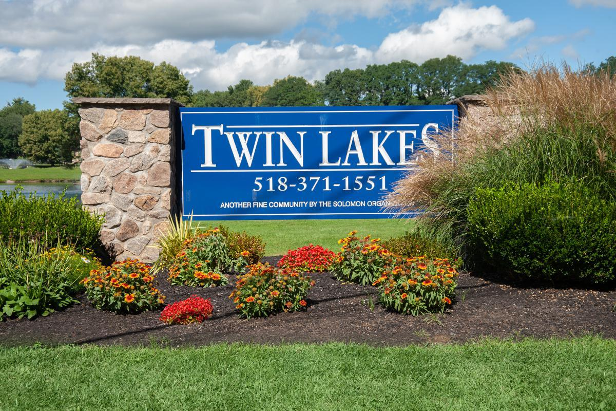 TWIN LAKES APARTMENTS IN CLIFTON PARK, NY