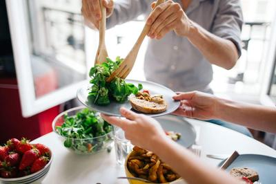Meal-time-iStock-533579878.jpg