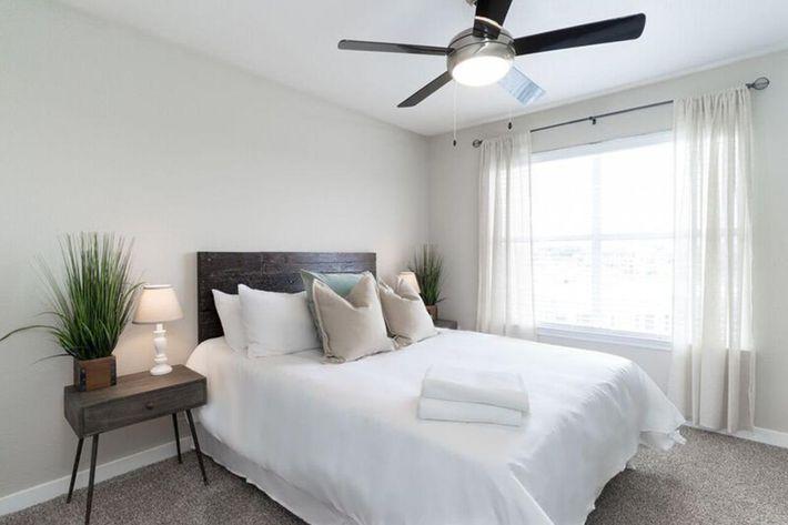 Wendy Rae Walker - 2019-08-13 18-46-50 - bedroom2.jpg