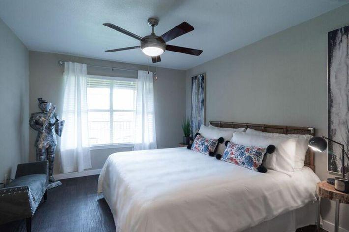 Wendy Rae Walker - bedroom2.jpg