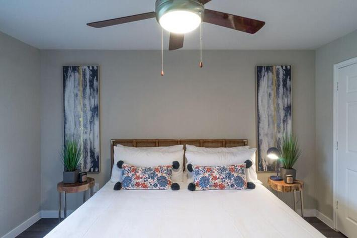 Wendy Rae Walker - bedroom3.jpg