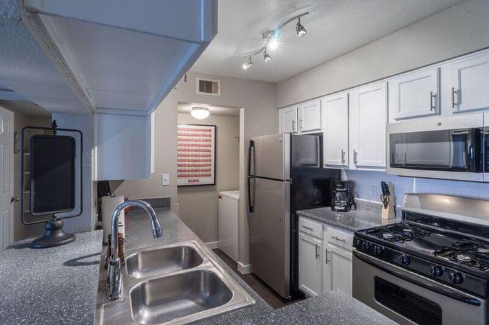 Wendy Rae Walker - kitchen.jpg
