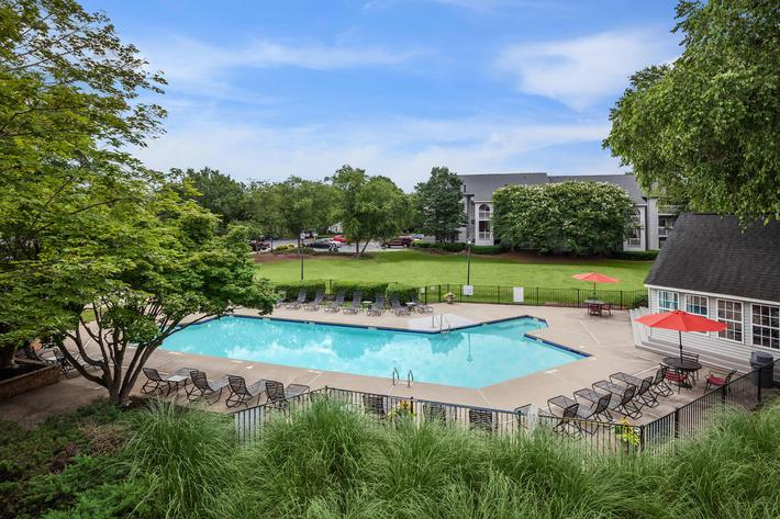 Sparkling swimming pool at Gleneagle in Greenville, SC.