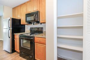 All electric kitchen with a pantry