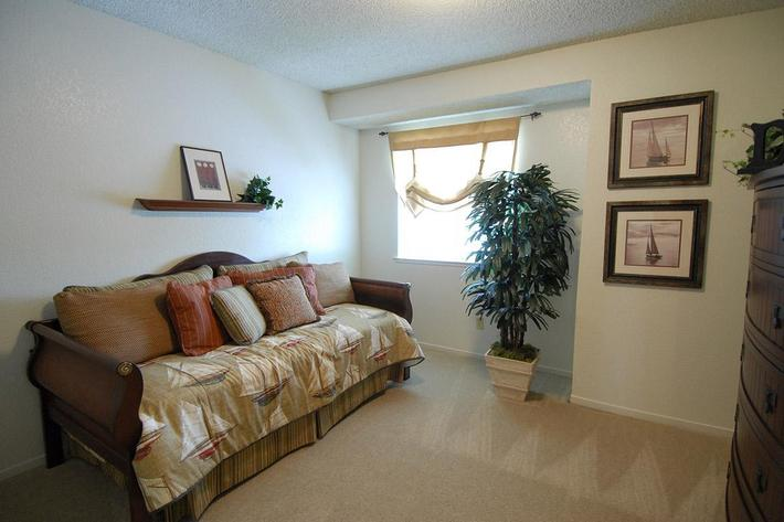 Enjoy the comfort at Palm Lakes