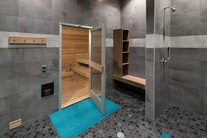 13 Sauna.jpg
