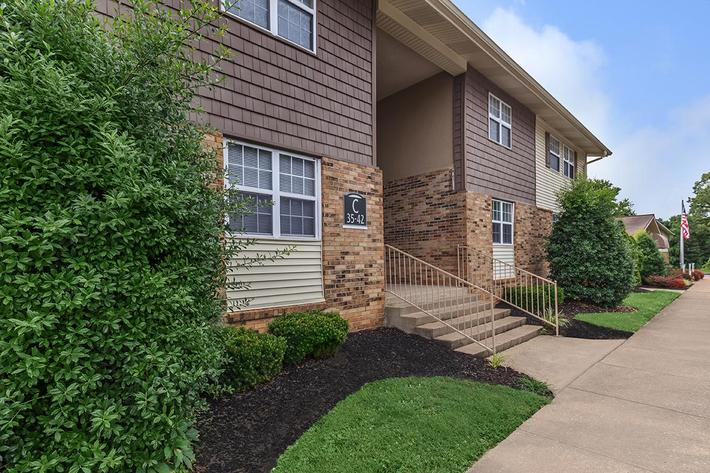 2 & 3 Bedroom Apartments for Rent in Clarksville, TN