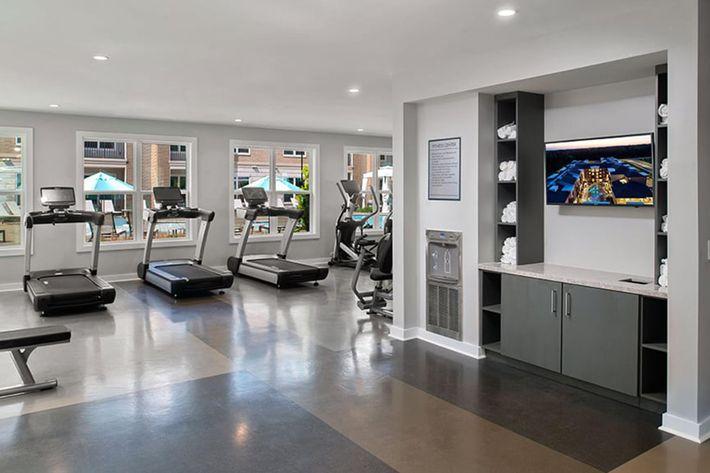 Bainbridge-Lake-Crabtree-Community-Fitness-Center.jpg