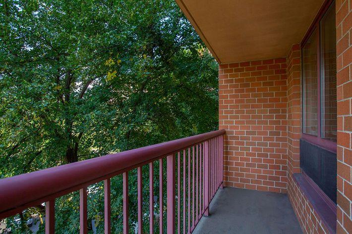 06 Balcony.jpg
