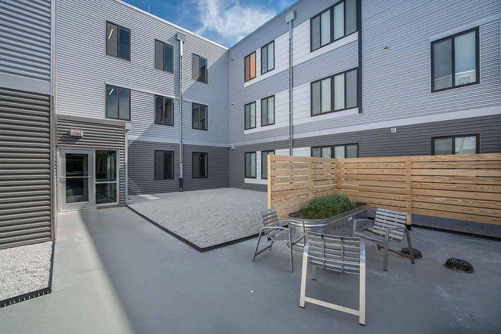UNL housing 96z.jpg
