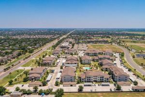 MISSION, TX. WHERE SKYLINE VIEWS AND AMENITIES MERGE