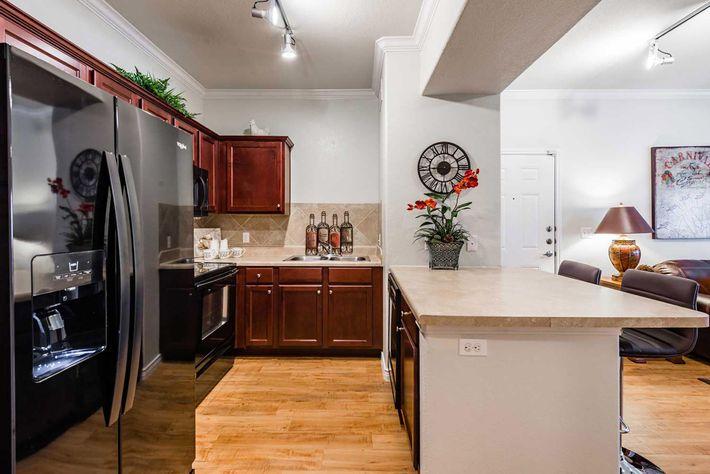 ThePlantation_6.12.19_model_kitchen-1.jpg