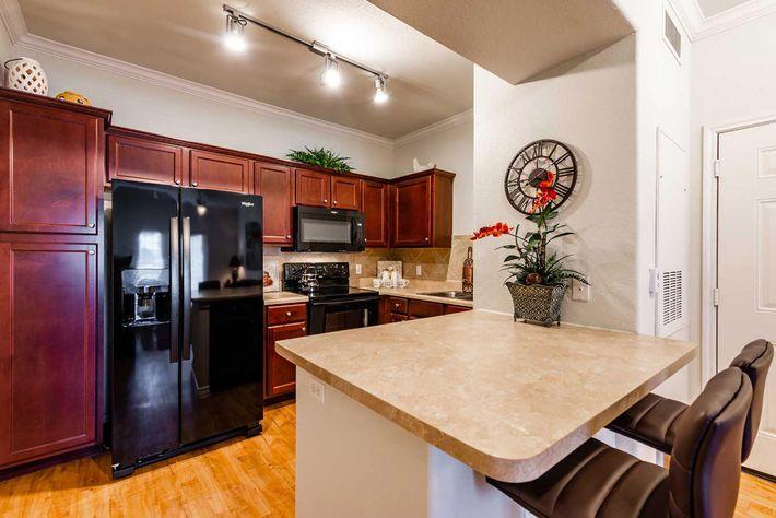 ThePlantation_6.12.19_model_kitchen-3.jpg