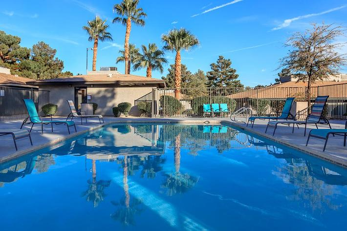 MAKE WAVES AT THE COTTAGES IN LAS VEGAS