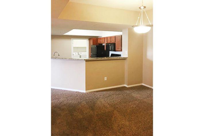 6211 Dining-Kitchen area.jpg