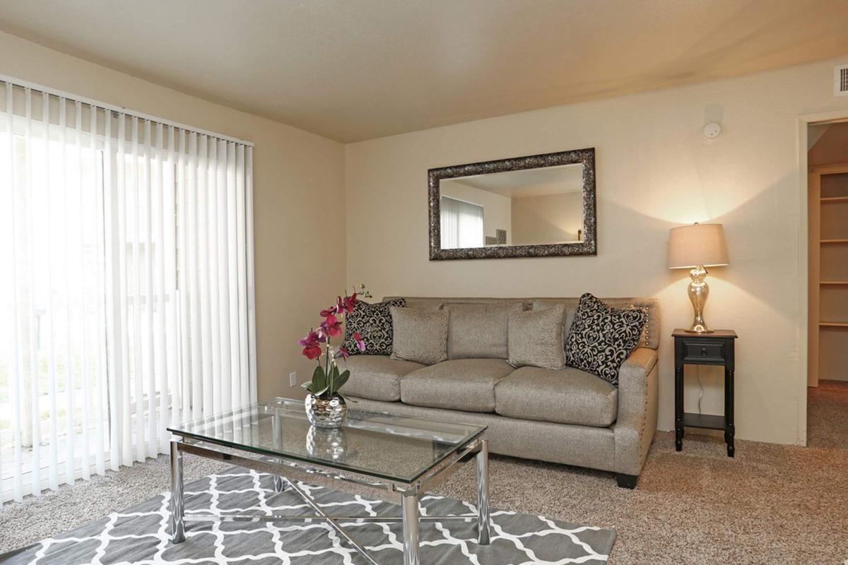 pebblebend Model Livingroom.jpg