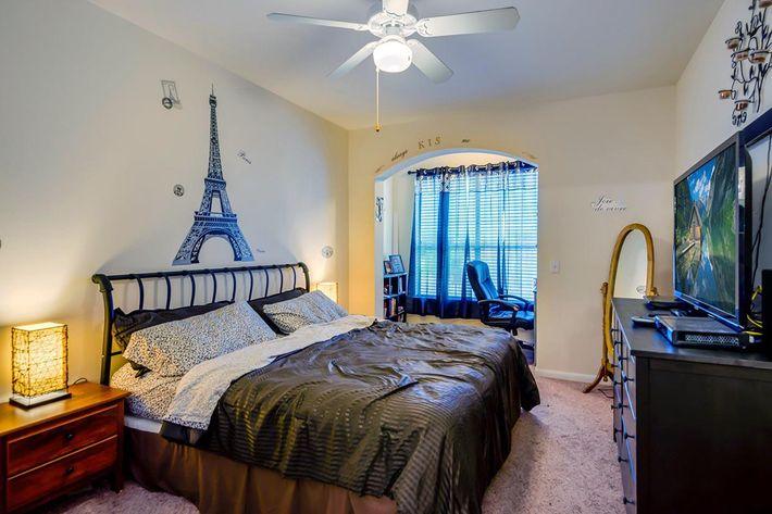 Model_Unit_Bedroom01.jpg