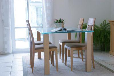 interior-dining-table.jpg